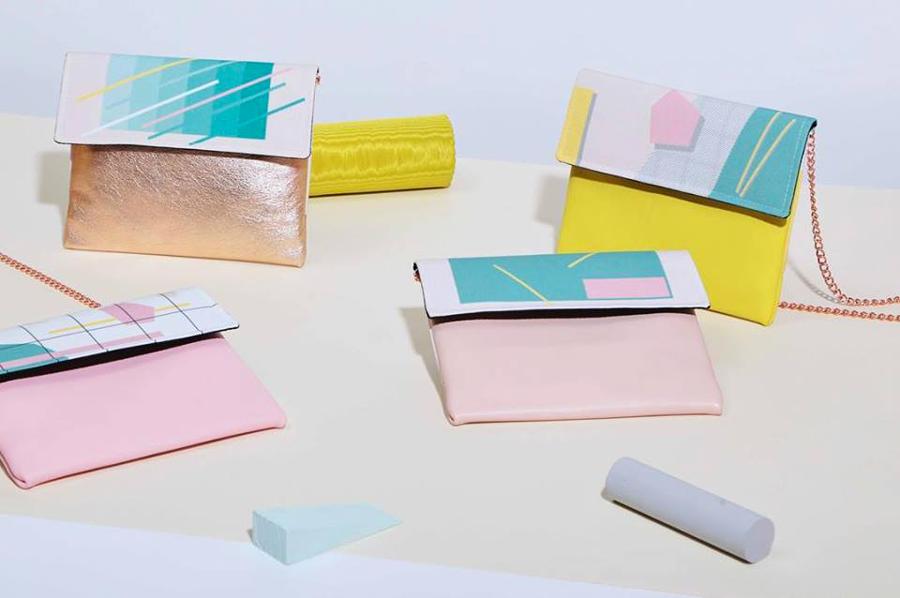 pochettes colorées