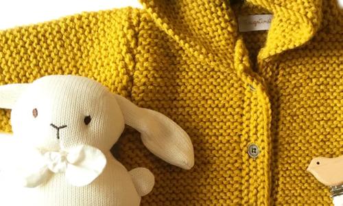 Layette tricotée en France par Rouge Amélie