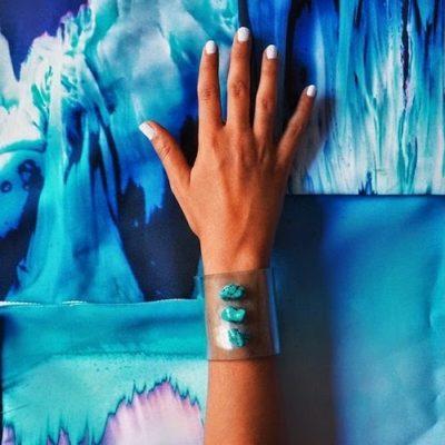 HAND AND HAND - Bijoux