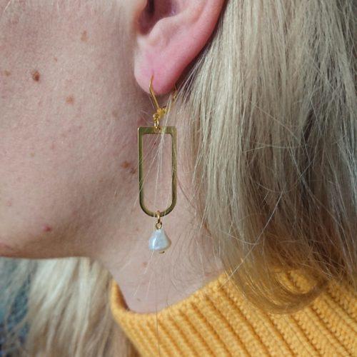 Boucles d'oreilles nacre graphique
